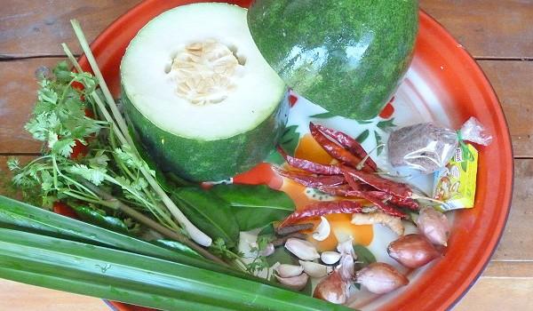 Hart, grün, weder Melone noch Kürbis: Fak